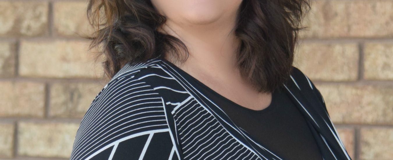 Headshot of Dr. Lisa Roark